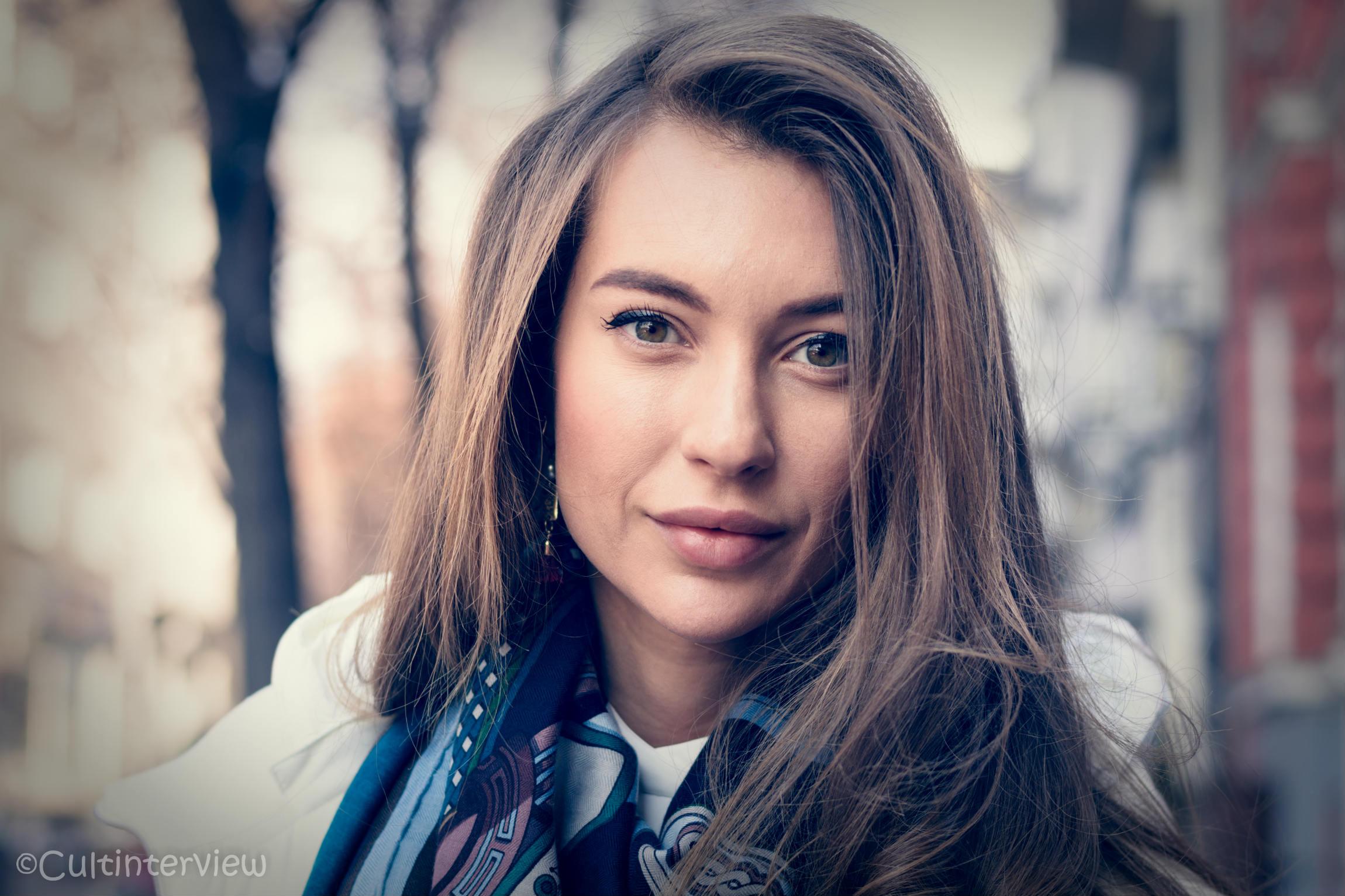 """Никол Станкулова: """"Излишно е да се говори за любов"""""""