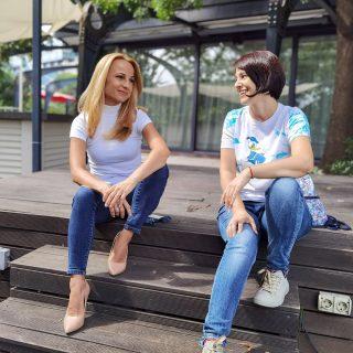 """От новия телевизионен сезон """"Тази неделя"""" по @official.btv е с попроменен състав. Към предаването вече е и Мария Цънцарова - различна, ярка и... прекрасна за разговор. Срещата ни се позабави във времето, но не се изгуби. Затова - очаквайте Мария в Cultinterview.com. 📺 . . . . . #новини #интервю #информация #cultinterview #tvstar #телевизия #журналист #jurnalist #настроение #interviewing #interviewday #btv #екран #въпроси #btvofficial #водещ #интересно #новини #television #leading #journalism #журналистика #бтв #тазисъботаинеделя @official.btv"""